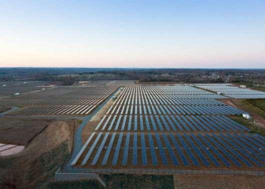 Apple solar farm in Maiden, NC.