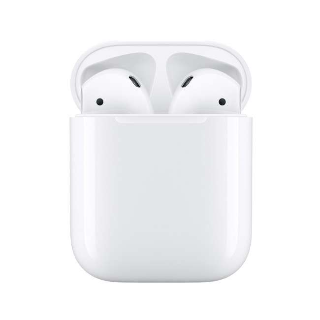 iPhone 13 AirPods
