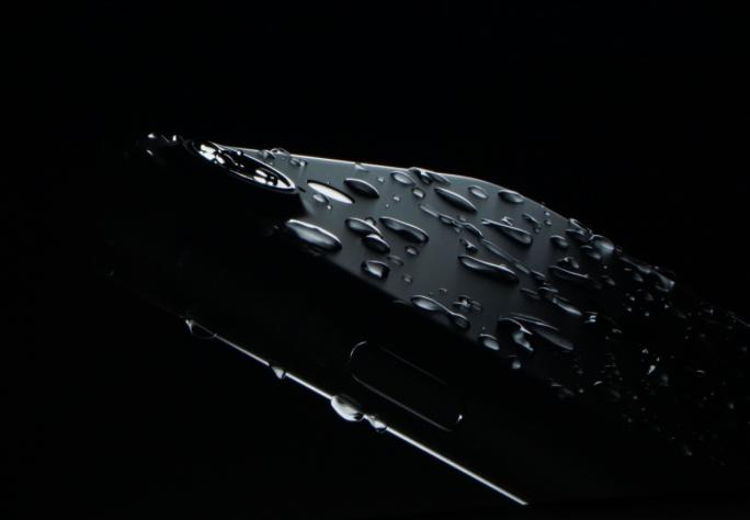 super popular da040 6a81f Can I swim with the iPhone 7? | The iPhone FAQ