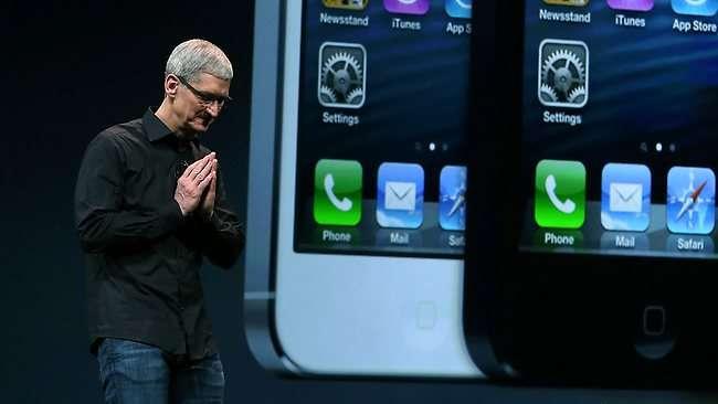 Tim Cook iPhone 5s