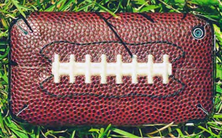 apple iphone skin sportLEATHER ZAGG football
