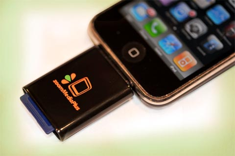 sd card reader for iphone expand your iphone with an apple certified sd card reader 17994